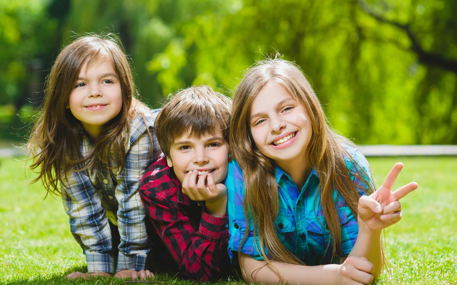 header-children-smiling